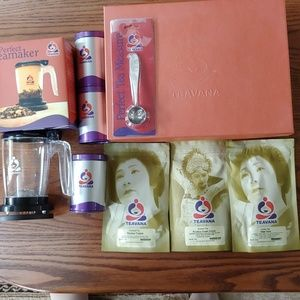 Brand New!!! Teavana Loose Leaf Tea Gift Box!!